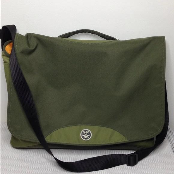 crumpler Handbags - Crumpler Skivvy shoulder laptop travel bag green 99656b06a5fd0